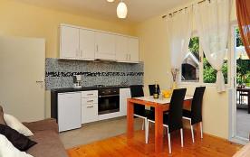 Appartement pour 4 personnes à Iž/Iž Mali