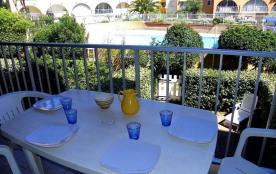 appartement avec chambre et coin cabine résidence avec piscine Antinea au Cap d Agde