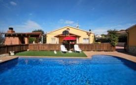 Villa CV Dru - Jolie villa indépendante pour 10 personnes avec piscine privée.