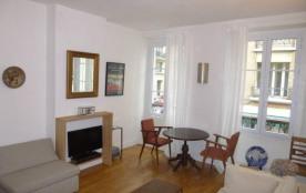 Elegant appartement En Plein Coeur de Paris  V - 2 pièces