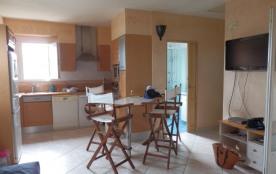 Charmant t2 tout confort ds villa neuve à Biguglia avec terrasse et prox. mer