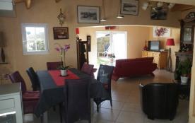Superbe Maison Renovée à Louer sur L'Ile-d'Yeu à 300 mètres de la Mer
