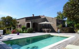 3 Villas Porto-Vecchio , piscine 8X4 jardin exotique, parking fermé,idéal tourisme grand confort 4 personnes maximum.