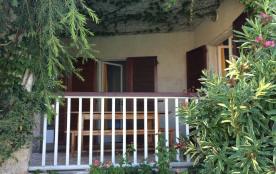 La jolie terrasse du laurier,