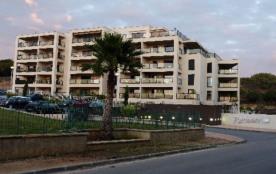 Appartement pour 4 personnes en dernier étage à 50 m de la plage d'Agosta