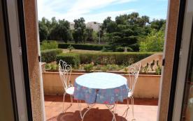 Joli studio sur terrasse, Santa Lucia proche mer, calme et verdure