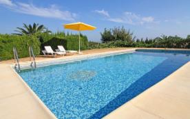 Oltamar, Mariclara - Villa à Calpe / Calp qui possède 3 chambres et capacité pour 7 personnes.