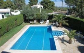 Villa VN GARCI - Agréable villa en location pour 12 personnes et profitant d'une grande piscine p...