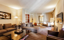 squarebreak, Three Level Mansion with garage in Neuilly