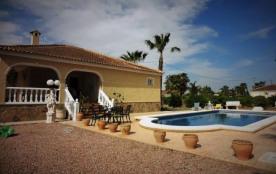 Costa Blanca: Villa 6pers,piscine privée,3ch-2sdb,.. à louer