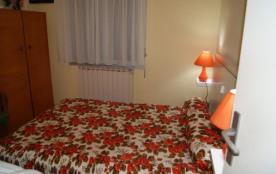 chambre 1 un lit en 140
