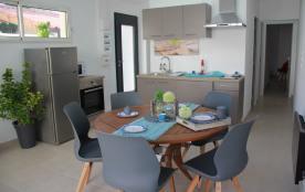 Maison de vacances en pierres du pays en centre ville Rochefort