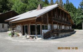 gite.4 chambres,maison/chalet:vieille ferme montagnarde.