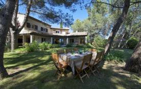 Belle villa avec piscine pour 10 personnes