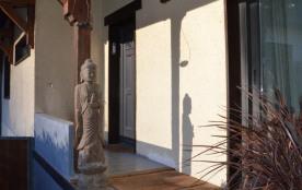 L'entrée - Main Entrance