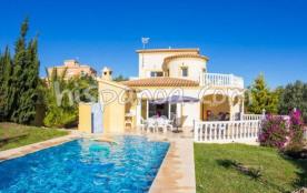Laissez vous tenter par cette jolie villa en loc