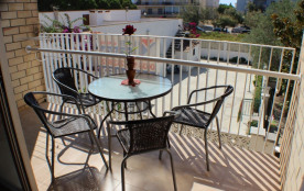 Olympia - Appartement à Santa Margarida (Roses) qui possède 1 chambre et capacité pour 4 personnes.