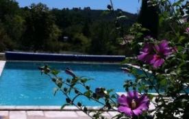 Gîte en Provence Verte avec piscine