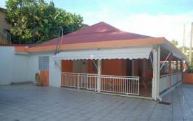 villa spacieuse idéalement située au centre de la Guadeloupe - Le Gosier
