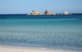 VILLAS pieds dans l'eau sur la plage de PALOMBAGGIA, à 5mn à pieds par accès privé. Vue exceptionnelle sur la mer