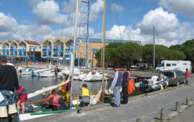 Port avec mise à l'eau & locations bateaux