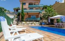 Villa CV REX