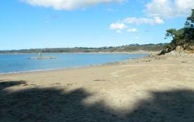 plage de Kirio (500 m)