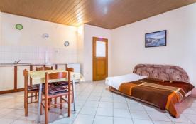 Appartement pour 2 personnes à Pula/Muntić