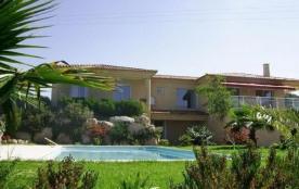 FR-1-61-210 - TIUCCIA - Très belle villa avec piscine  Ancone