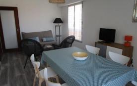 appartement rénové type 2 avec accès direct plage