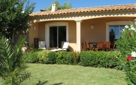 Maison récente avec jardin proche Avignon
