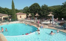 Vos vacances à la campagne en Rhône-Alpes, en Ardèche du Sud,... Petit village Cévenol typique au climat sec, doux et...