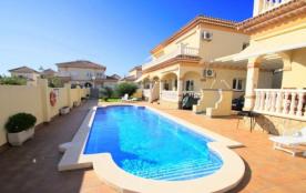 C04 FORTUNY1 adosado con piscina,  jardín y wifi