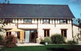 Gîtes de France La Grange. Située en zone protégée, cette ancienne grange a été totalement réamén...