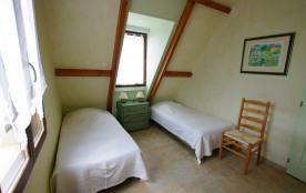Chambre 4 avec 2 lits de 90
