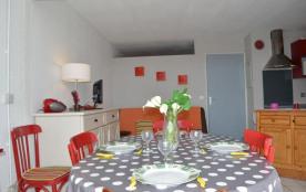 Appartement 2 pièces avec cabine de 35 m² environ pour 5 personnes situé sur le Port de plaisance...
