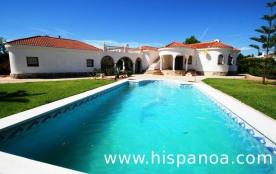 Villa vacances Costa Dorada avec piscine sécurisée  capi