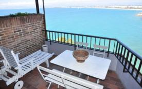 Margon - Appartement à Salou qui possède 2 chambres et capacité pour 6 personnes.