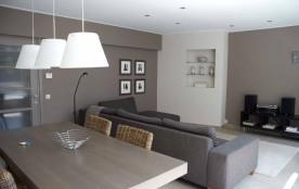 Centraal gelegen vernieuwd appartement