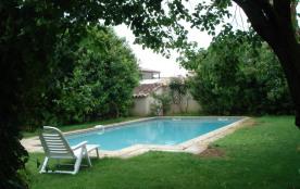 Villa avec piscine 10 x 5 et jardin , 6 couchages, 2km plage, Pérols