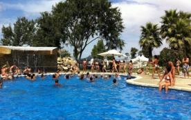 Camping La Tordera - Bungalow Rossinyol (6 adultes + 1 enfant)