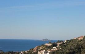 FR-1-61-190 - AJACCIO appartement de stanging face à la plage de Marinella