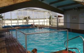 Plaisir, bonne humeur et convivialité ! Camping à caractere familial, Plage à 800 m. Animations, bar, piscine, tobogg...