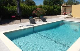 villa avec piscine 8.5 X 4m à st maximin