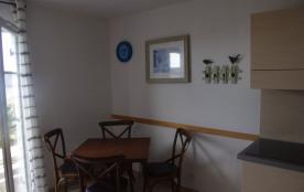 Maisonnette duplex vue mer pour 4 personnes avec piscine couverte et chauffée dans résidence  . la plage à pied