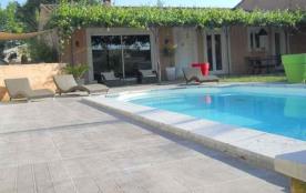 Villa à MONTEUX