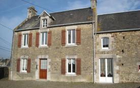Gîtes de France - Maison indépendante avec cour.
