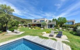 squarebreak, Sublime Villa vue Mer à Palombaggia