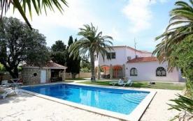 Villa 709DOR-071 - Villa 8 pièces 250 m² sur 2 niveaux.
