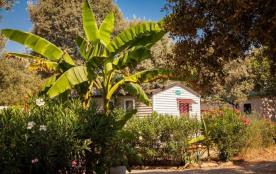 Flower Camping Domaine de Gajan, 45 emplacements, 38 locatifs